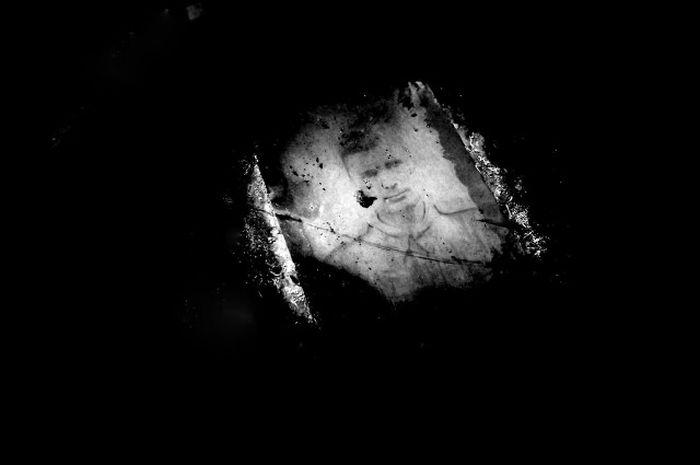 Фотография командира, пролежавшая в земле 73 года (27 фото)