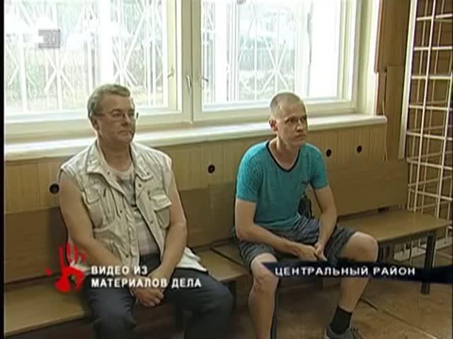 В Челябинске водитель трамвая бросил лом в машину обидчика