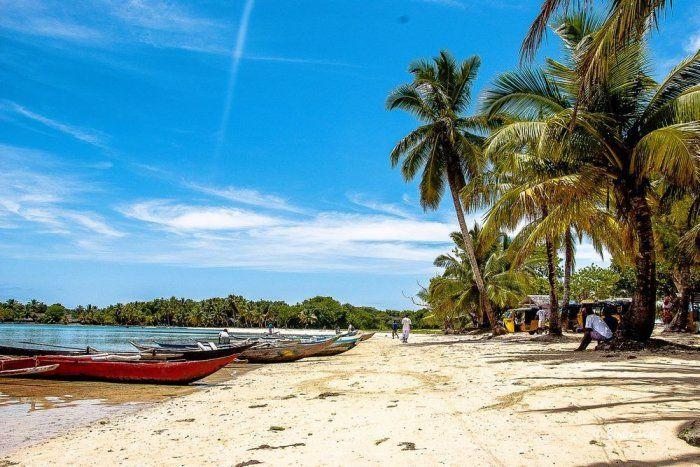 Остров пиратов Иль-Сент-Мари (7 фото)