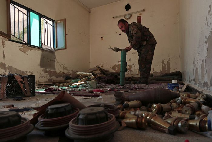 Что остается после боевиков ИГИЛ в освобожденных городах (11 фото)