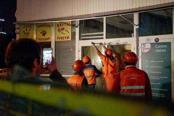 «Ночь длинных ковшей-2»: снос незаконного самостроя в Москве (21 фото + 2 видео)