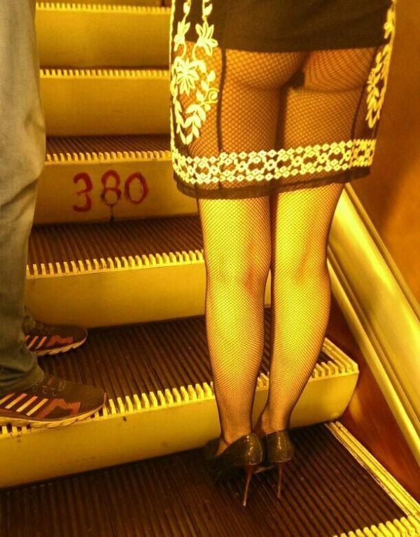 Странный стиль пассажиров питерского метро (38 фото)