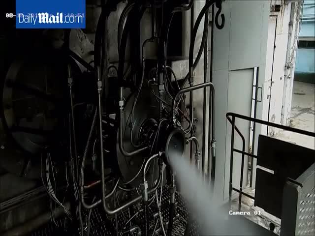 Российские ученые испытали импульсно-детонационный двигатель
