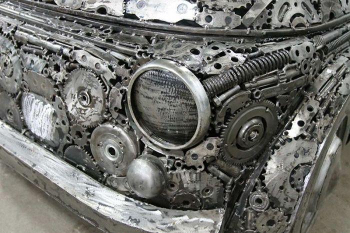 Автомобили, созданные из металлолома (9 фото)