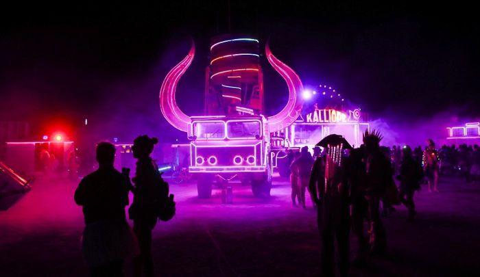Как проходит фестиваль Burning Man-2016 (34 фото)