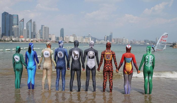 Фейскини - популярные китайские купальники (8 фото)