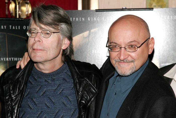 Стивен Кинг и его помощь молодым режиссерам (2 фото)