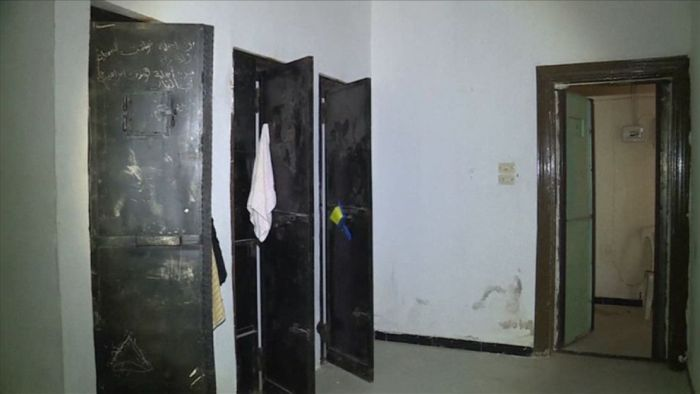 В сирийском Манбидже обнаружили тюрьму для секс-рабынь ИГИЛа (5 фото)