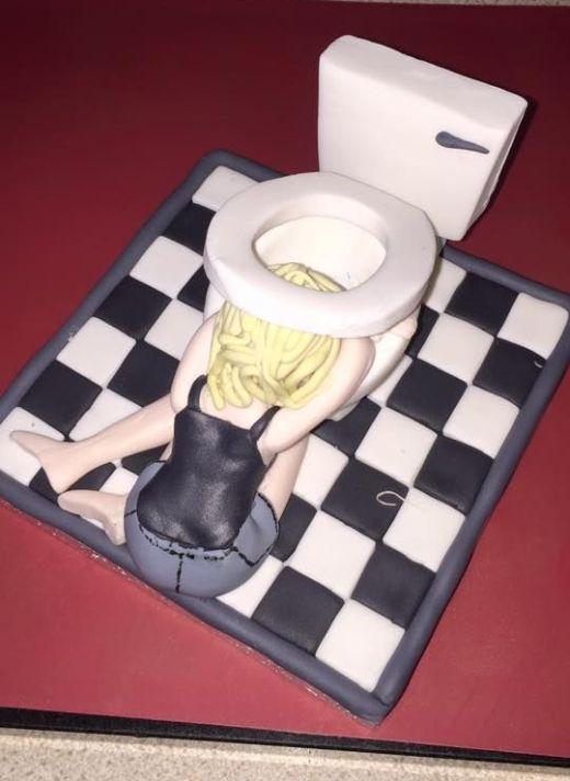 Мама затроллила дочь с помощью креативного торта (5 фото)