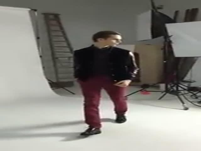 Как позируют профессиональные модели