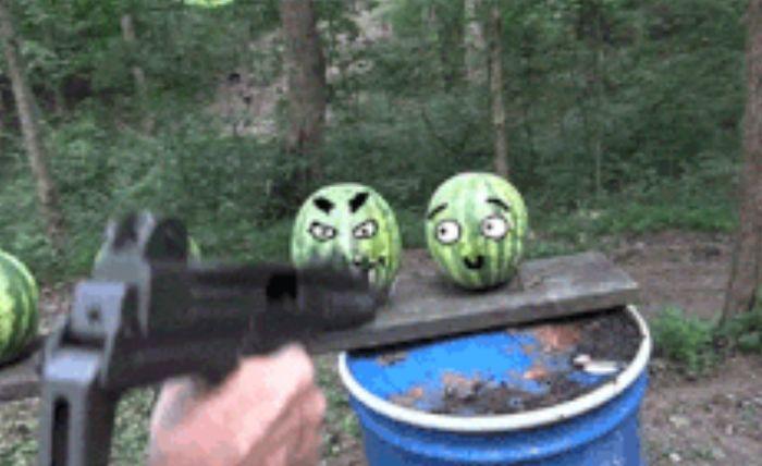 Забавные гифки со смешными рожицами (16 гифок)