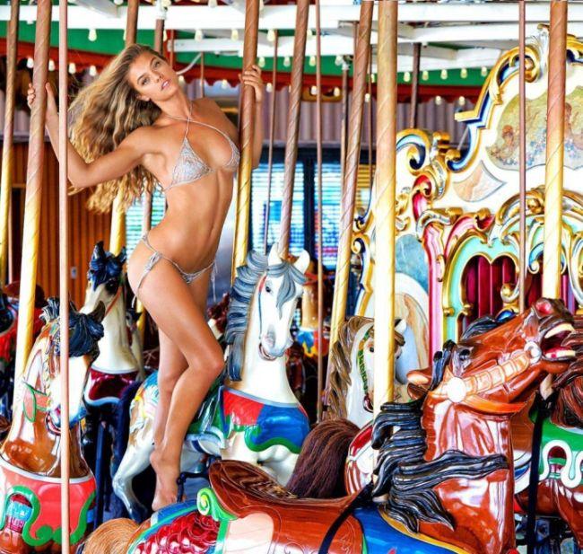 Девушка Леонардо Ди Каприо модель Нина Агдал снялась для журнала Sports Illustrated (20 фото)
