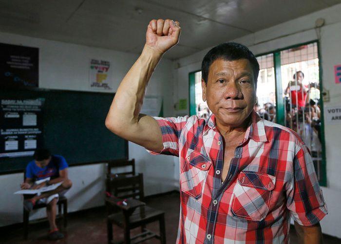 Президент Филиппин оскорбил Обаму резким высказыванием (2 фото)