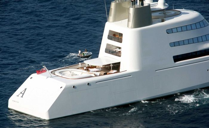 Russian Tycoon Shows Off His Bombproof Superyacht In London (8 pics)