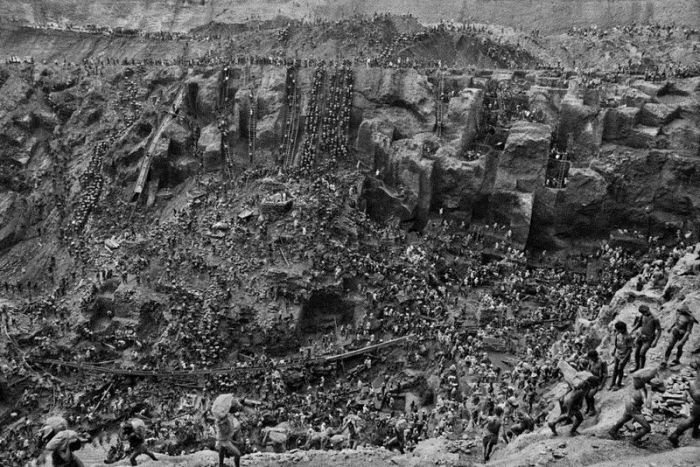 Золотая лихорадка на бразильском руднике Серра Пелада (11 фото)