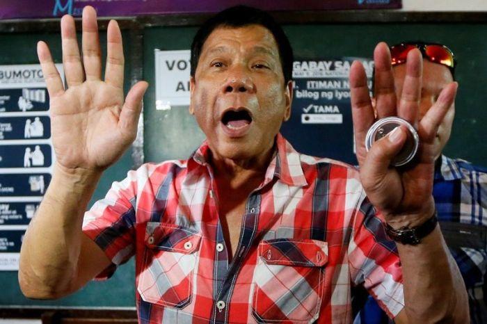 Скандальные высказывание президента Филиппин Родриго Дутерте (3 фото)