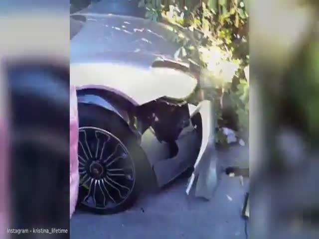 Попытка произвести впечатление на девушку закончилась аварией
