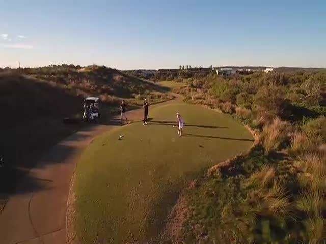 Юная гольфистка сбила дрон