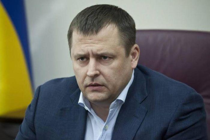 Мэр Днепропетровска с матом объяснил, что необходимо отучиваться «жить на шару» (2 фото)