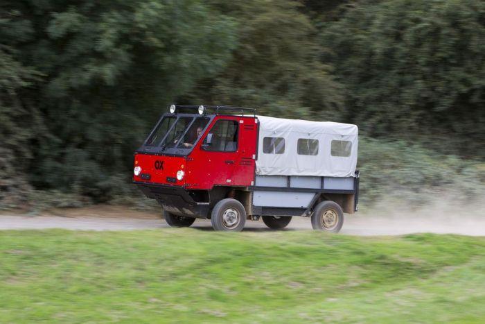 Создатель суперкара McLaren F1 разработал грузовик для развивающихся стран (9 фото)
