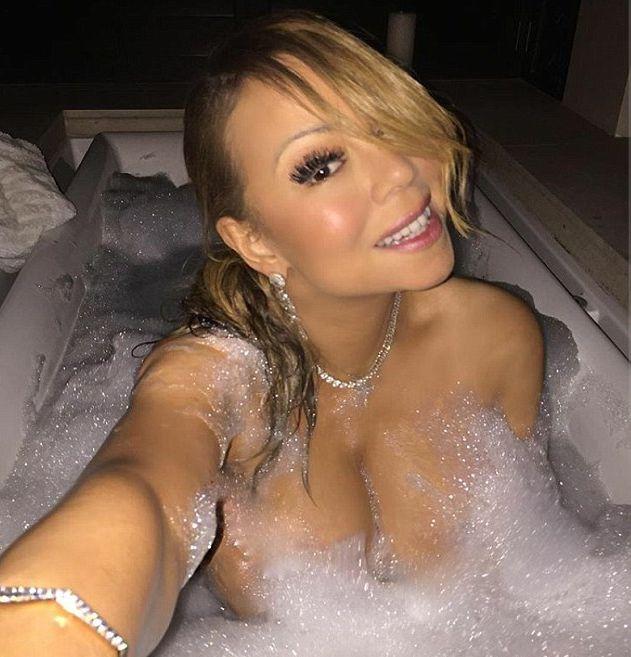 Мэрайя Кэри поделилась откровенными фото из ванной (2 фото)