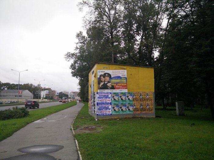Санкт-Петербург борется с граффити (4 фото)