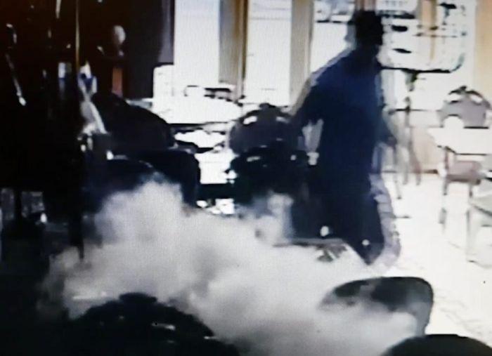 Зафиксирован еще один случай взрыва смартфона Samsung (2 фото + видео)