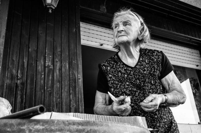 Один день из жизни пожилой фермерши (39 фото)