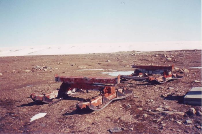 Iceworm - секретный американский военный проект подо льдами Гренландии (17 фото)