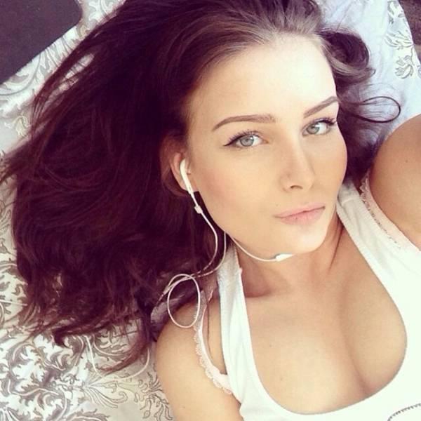 Красивые русские девушки на фото из Instagram (44 фото)