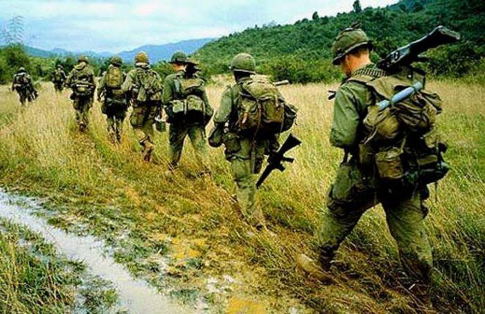 Ботинки американского спецназа в годы войны во Вьетнаме (2 фото)