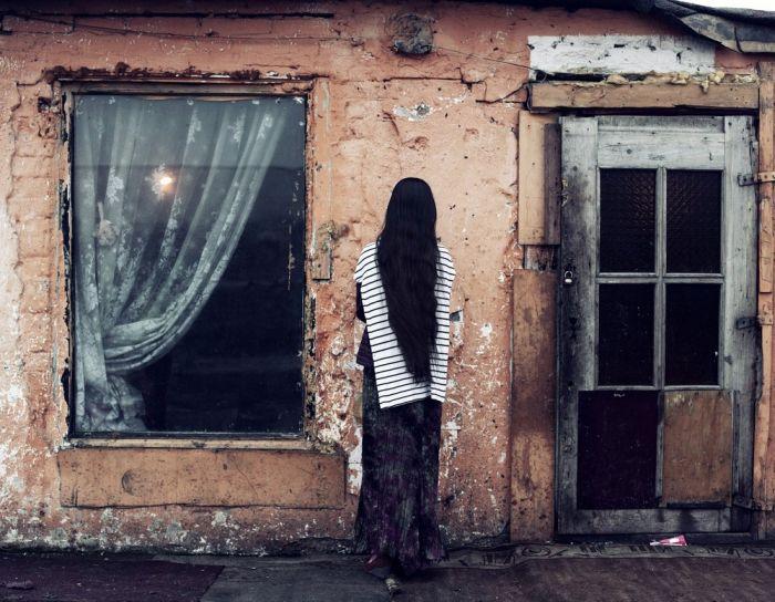 Жизнь румынских цыган на польской границе (17 фото)