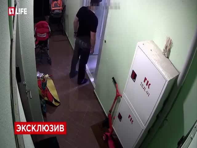 Грабители похитили камеру, чтобы скрыть свои лица