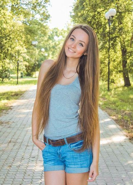 Красивые девушки из Нижегородской области (37 фото)
