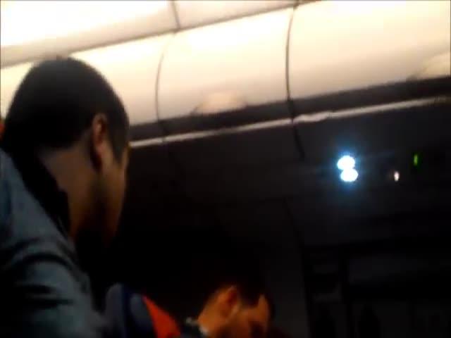 Родственник Рашида Нургалиева устроил пьяный дебош на борту самолета