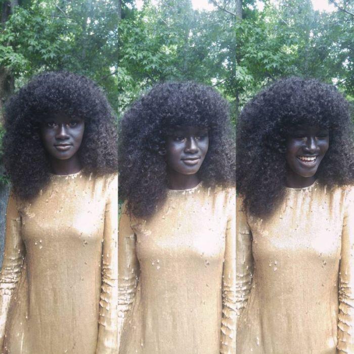 Худия Диоп - модель с самой темной в мире кожей (22 фото)