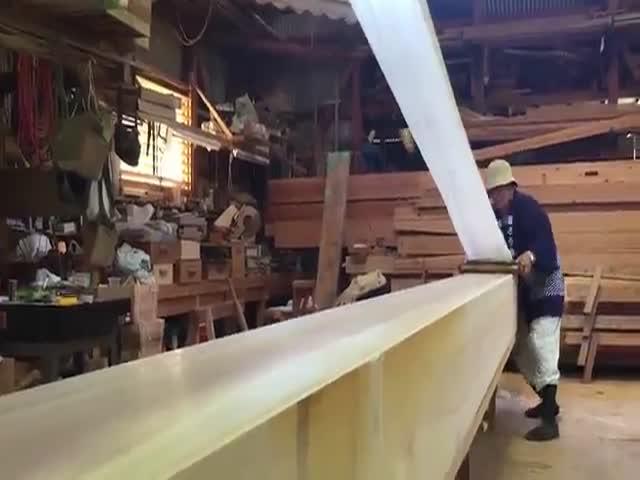 Мастерство японских рабочих в рекламе компании Nissan
