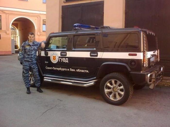 Питерского полицейского подозревают в шпионаже из-за фото в соцсети (5 фото)