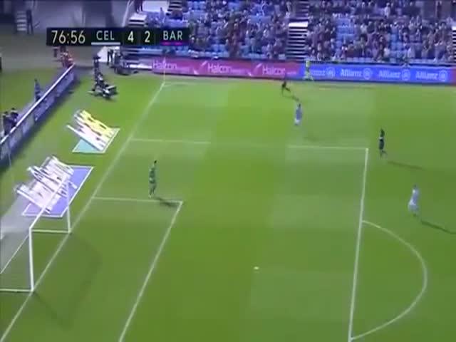 Необычный гол на матче «Сельта» - «Барселона»