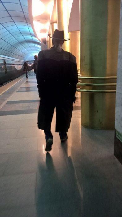 Модные пассажиры российского метро (30 фото)
