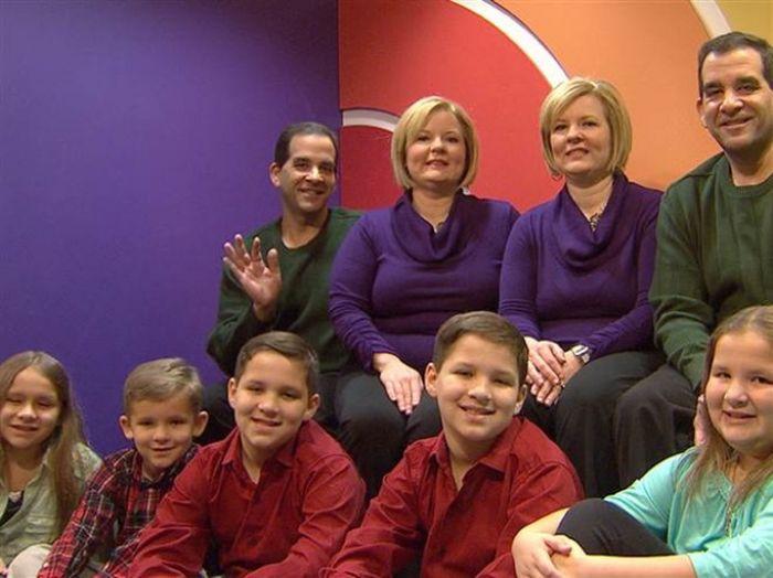 Как выглядят дети двух пар абсолютно идентичных близнецов (4 фото)