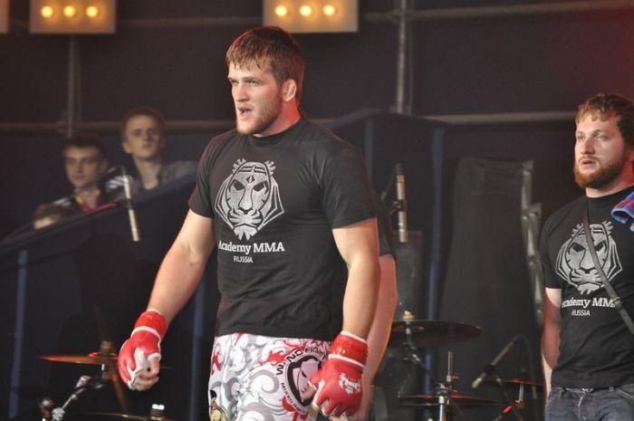 Федора Емельяненко раскритиковали за его несогласие с проведением детских боев ММА (10 фото + текст)