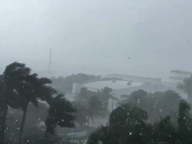 Ураган «Мэттью» достиг берегов США