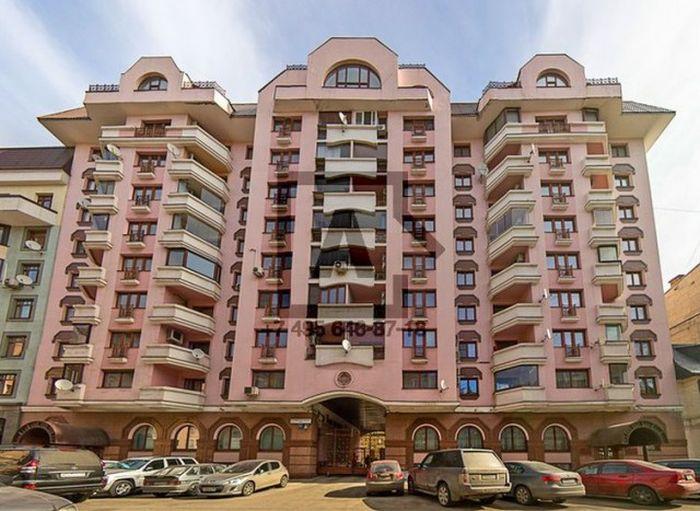 Безумные интерьеры квартир российских богачей (37 фото)