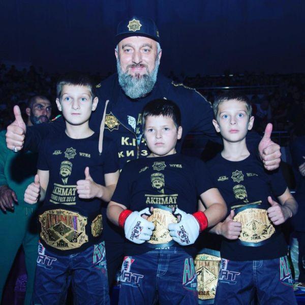 Противостояние Федора Емельяненко и Рамзана Кадырова (11 фото)