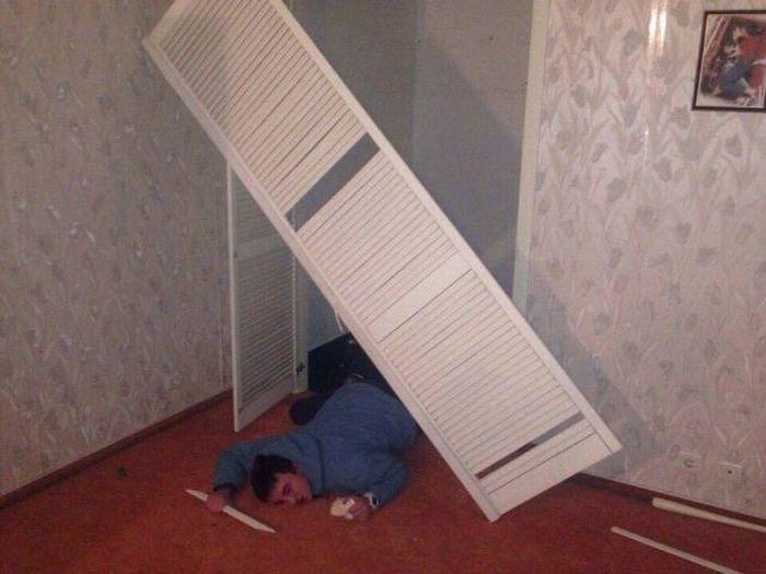 Последствия сумасшедшей студенческой вечеринки (10 фото)