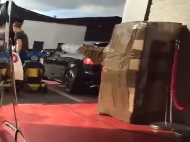 Идеально вымытый автомобиль