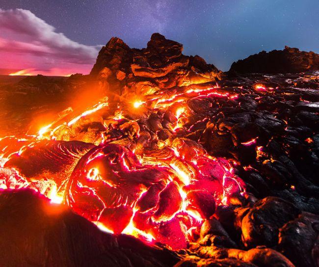 Потрясающий снимок, ради которого фотограф рисковал жизнью (2 фото)