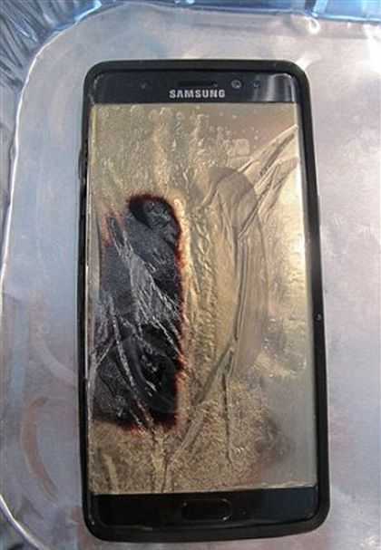 У жительницы Гавайев загорелся «безопасный» Samsung Galaxy Note 7 (3 фото + видео)