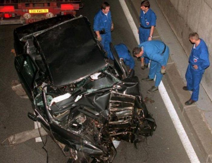 Звезды, ушедшие из жизни в результате автокатастроф (58 фото)